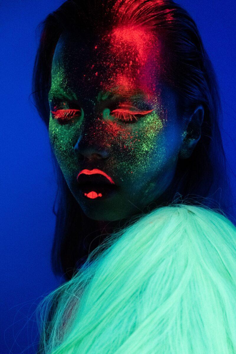 Fluorescencyjny strój