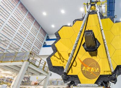 Kosmiczny Teleskop Jamesa Webba / Źródło: NASA/Chris Gunn